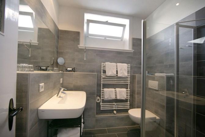 elegant bad fliesen design ideen moderne badezimmer moneycentral